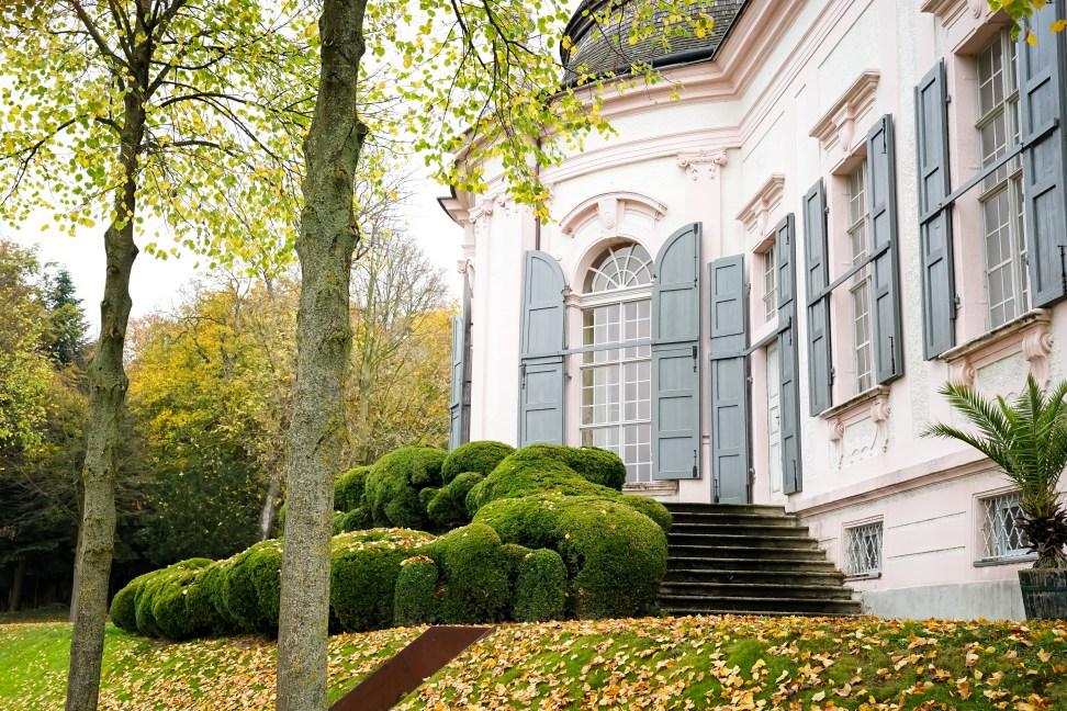 Stiftspark und Gartenpavillon Stift Melk im Herbst