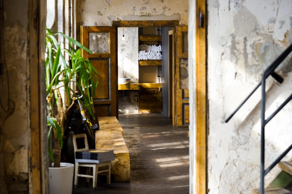 Cáfe Kavárna co hledá jméno